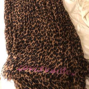 Louis Vuitton Accessories - SALE💐 New Authentic LV cheetah leopard shawl